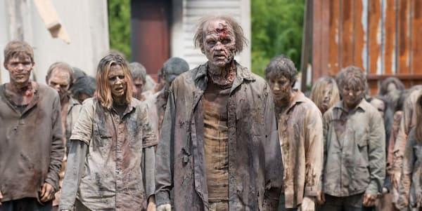 Habría que ver primero si son zombis rápidos o lentos ^^